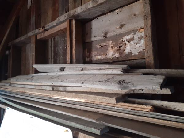 Photo Old wood and metal stuff, brick from historical gold mine - $1 (Central City)