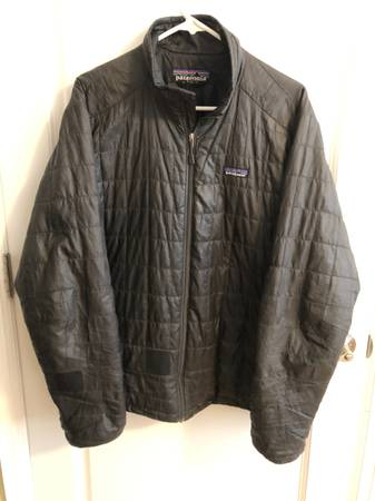 Photo Patagonia Nano Puff Jacket Size Large - $60 (LAKEWOOD)