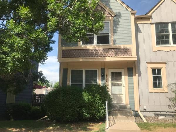 Photo Room for Rent 3 Bed 2 Bath Townhouse (Bear Valley)