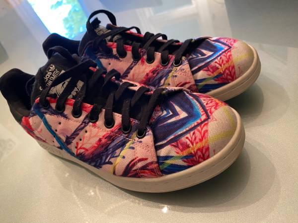 Photo Stan Smith Adidas Shoes Women39s Size 9 - $40 (Denver)