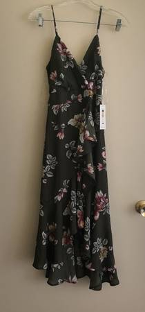 Photo Women clothes - $1234 (North park hill)