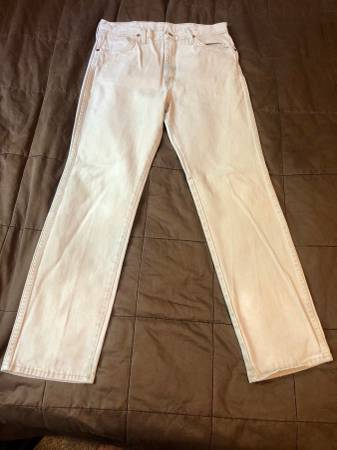 Photo Wrangler Cowboy Cut Jeans Tan 33 x 32 - $10 (South Broadway)
