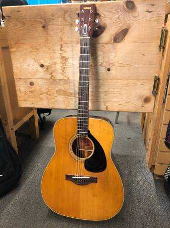 Photo Yamaha FG-180 Acoustic Guitar MIJ Gravity Music Gear - $300 (Gravity Music Gear)