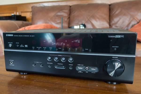 Photo Yamaha RX-V677 7.2 Channel 4K WiFi Receiver - $150 (BoulderNiwot)