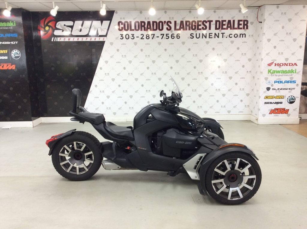 Photo Used 2019 Can-Am Trike Motorcycle  $10499