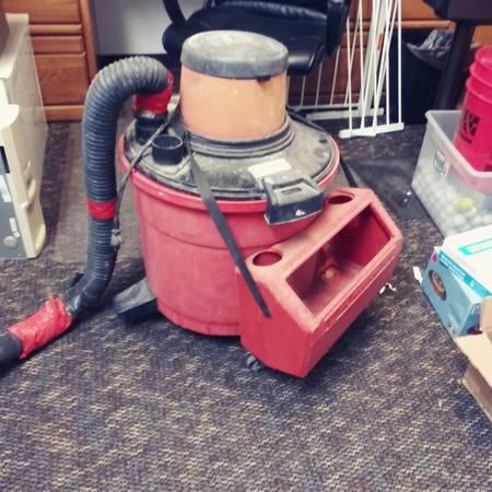 Photo huge sears craftsman wet dry shop vacuum WORKS  - $8 (DENVER)