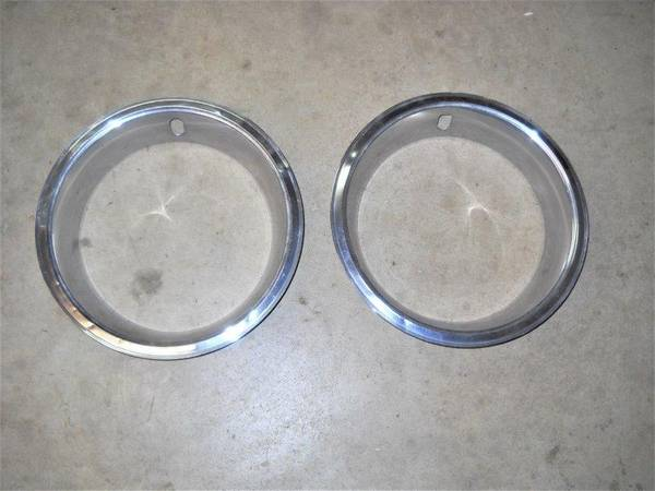 Photo 14x7 Oldsmobile Trim Rings Cutlass 442 (Ankeny)