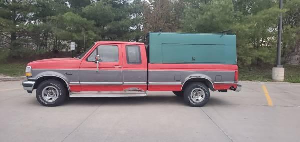 Photo 1992 Ford F150 Commercial Topper Ext Cab 839 box 4.9L 5 spd man trans - $2,850 (Des Moines)