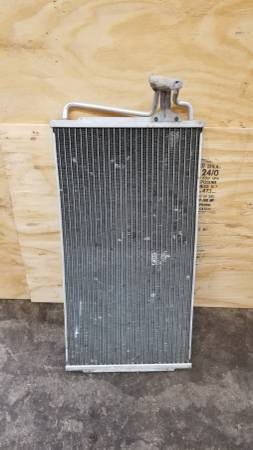 Photo 1995 S10 Blazer Condenser - $10 (Cambridge)
