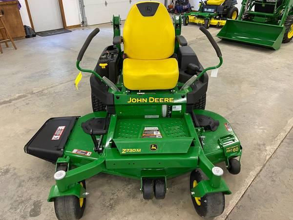 Photo 2020 John Deere Z730M Zero Turn mower 36 hrs 60 warranty - $7,200 (Newton)