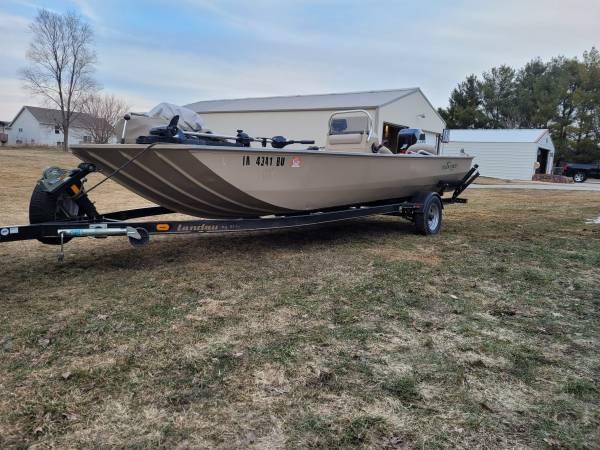 Photo 2072 Center Console Jon Boat W115 hp Mercury - $12,000 (Altoona)