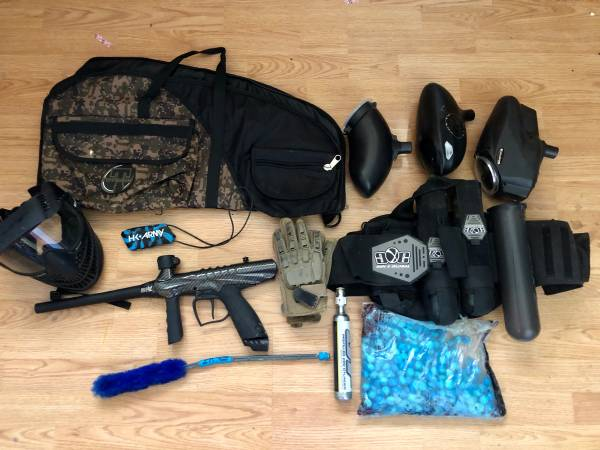 Photo Big lot paintball gear - $50