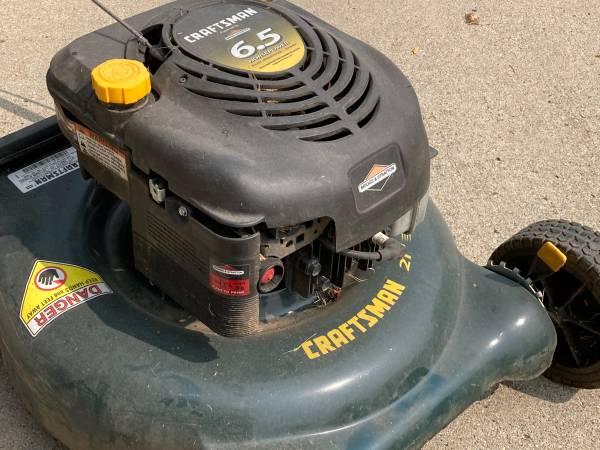 Photo Craftsman 6.5 HP 21 Mulcher Rotary Lawnmower - $100 (West Des Moines)