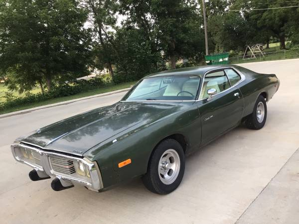 Photo Green 1973 Dodge Charger SE (96,000 miles) - $10,900 (Waukee)