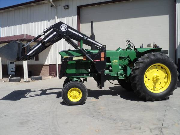Photo John Deere 4010 tractor with loader - $12,900 (Green City)
