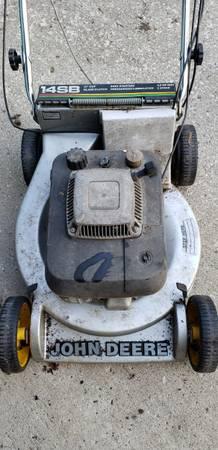 Photo John Deere Propelled Mower - $30 (EDSM)