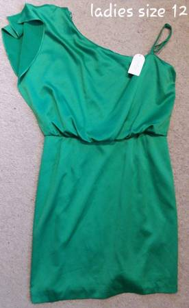 Photo Ladies green dress, size 12, Jessica Simpson - $10 (Johnston)