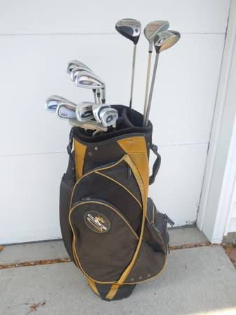 Photo Mens Golf Starter Set, Big Bertha Woods, Deluxe Cobra Bag - $125 (Johnston, IA)