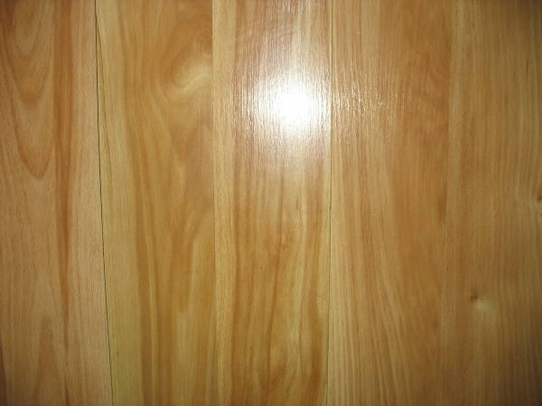 Photo Pergo MAX Monterey Spalted Maple 7.58-in W x 4.00-ft L Smooth Wood Pla - $350 (Clive)