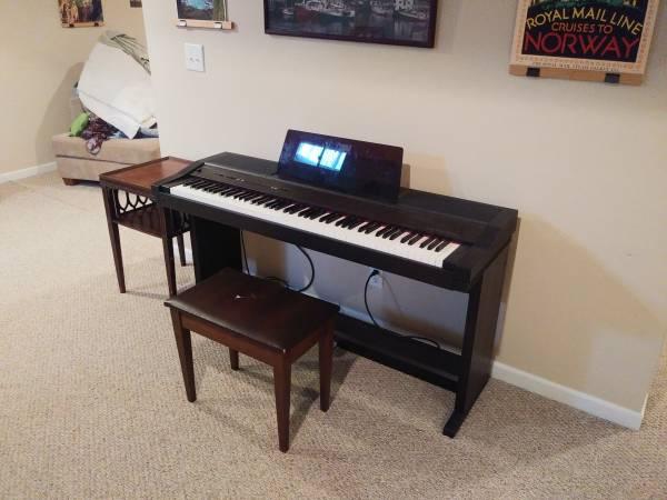 Photo Roland digital piano HP 3000 s - $95 (JOHNSTON)