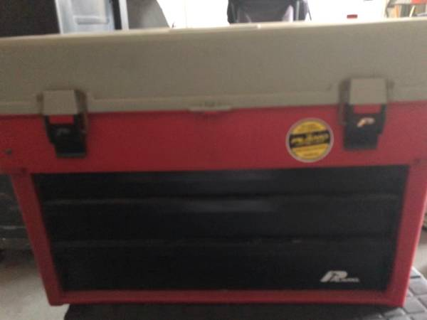 Photo Tool box  Tool chest - $15 (Norwalk)