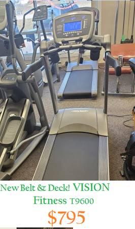 Photo Treadmills  True, Vision Fitness , PaceMaster - Fitness Equipment - $123 (Wilton)