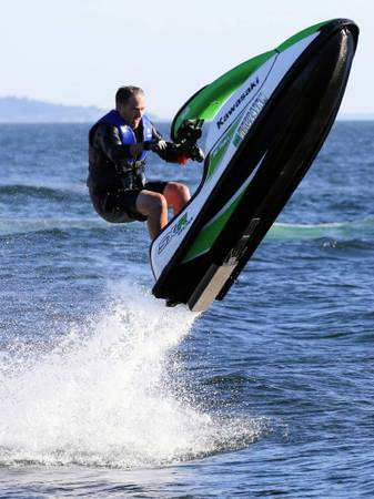 Photo WANTED STAND UP JET SKIS ANY CONDITION - $1234 (Cash in Hand)