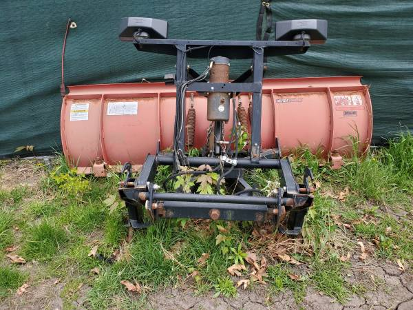 Photo Western Snow Plow - $1,500 (Ankeny)