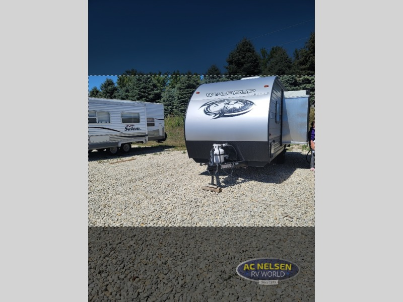Photo 2021 Forest River Rv Cherokee Wolf Pup 16PF $ 13988  Make an Offer