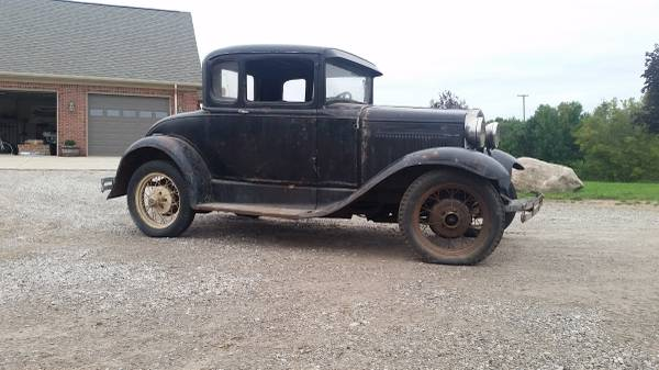 Photo 1930 Ford Model A Coupe Hood - $400 (Dryden)