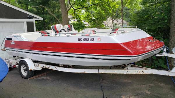 Photo 1990 Sylvan Deck Boat with V8 inboard outboard - $4,000 (West Bloomfield)