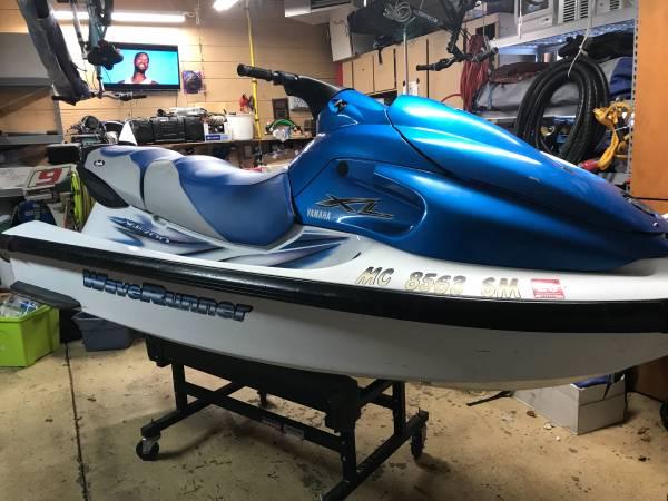 Photo 2003 Yamaha xl700 three seater jetski  waverunner - $2500 (Sylvan lake)