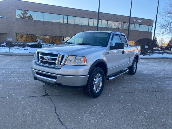 Photo 2008 Ford F150 XLT 4x4 Extended cab clean - $6750 (Sterling hits)