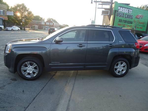 Photo 2011 GMC Terrain SLE - No Credit Check BUY HERE, PAY HERE IS AVAILABLE - $7495 (Bassett Used Cars, 16500 Grand River Ave., Detroit)