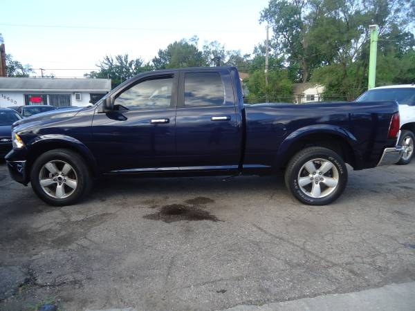Photo 2013 Ram 1500 SLT 4WD - BUY HERE, PAY HERE IS AVAILABLE - $12995 (Bassett Used Cars, 16500 Grand River Ave., Detroit)