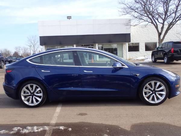 Photo 2018 Tesla Model 3 Long Range - $34,900 (Oakland country)