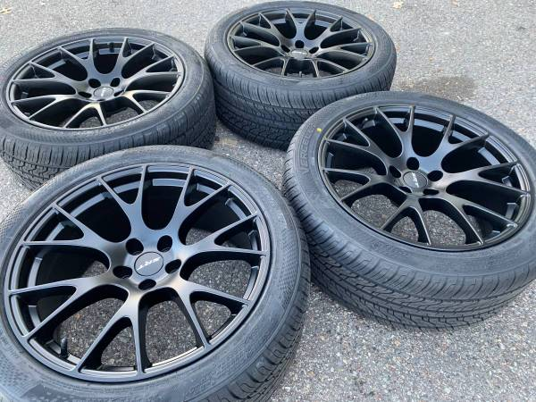 Photo 20 dodge charger hellcat wheels rims tires new - $1,499 (Challenger)