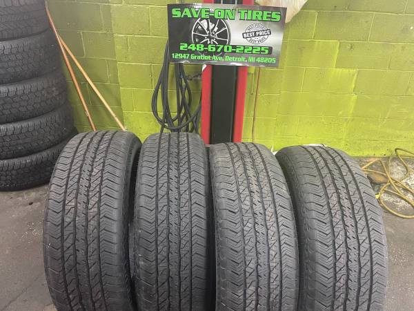 Photo 275 60 20 hankook dynapro AT2 tires new take off - $499 (Save on tires inc)