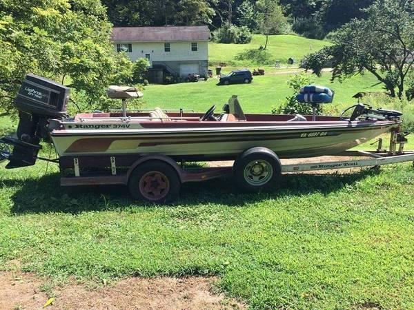 Photo 89 Ranger 374 Bass Boat - $3,500 (Harrison Twp)