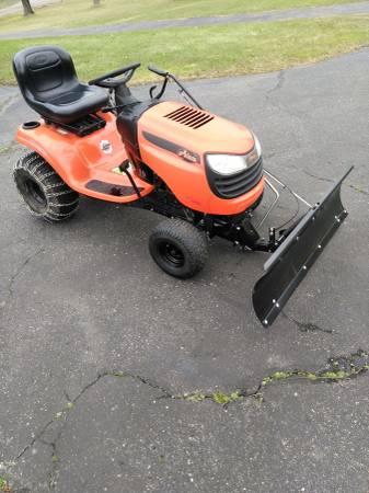 Photo Ariens riding lawn mower - $500 (Bloomfield)