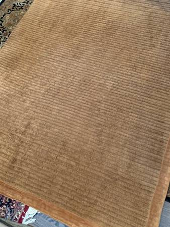 Photo Awesome Z Gallerie 5 x 8 Rug - $75 (Bloomfield Hills)