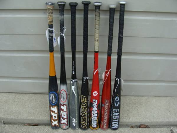 Photo Bats Composite  Aluminum - Kids  Adult 33 inch Baseball Bats 7 dif - $45 (Canton or Southfield and in between)