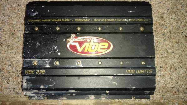 Photo CAR AUDIO LANZAR HIFONICS AMPS FOR YOUR SUBS SPEAKERS BASS - $20 (Chesterfield)