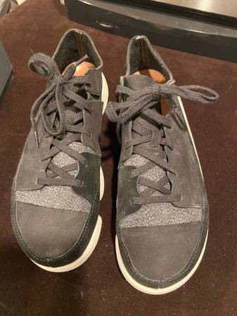 Photo Clarks Originals Trigenic Evo Women39s Shoe - Black, Size 9.5 M - $50 (Sterling Heights)