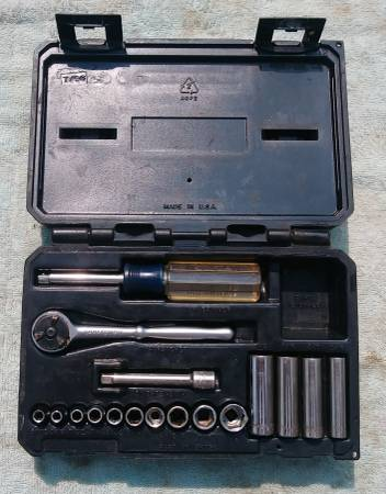 Photo Craftsman 14 inch drive socket set - $15 (Macomb Township)