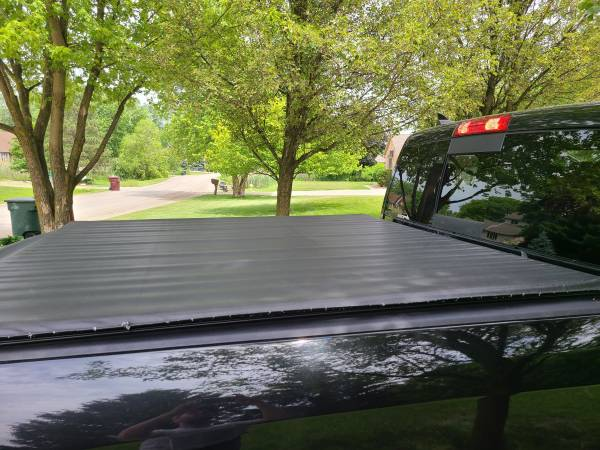 Photo DODGE RAM PICKUP TONNEAU COVER.. ROLLUP TRUCK 5397quotBED COVER TRUXED (Chesterfield)
