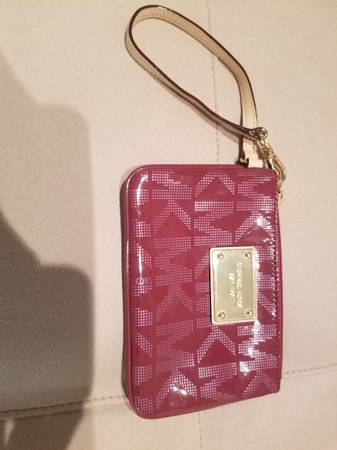 Photo Designer wallets- Michael Kors, Marc jacobs - $40 (Northville)