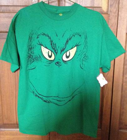 Photo Dr. Seuss The Grinch Face - quotNEW Wtag T-Shirt (L) Green - $20 (Lake Orion)