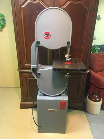 Photo FS Delta Rockwell 14quot WoodMetal Band Saw - $975 (Clarkston  Lake Orion area)