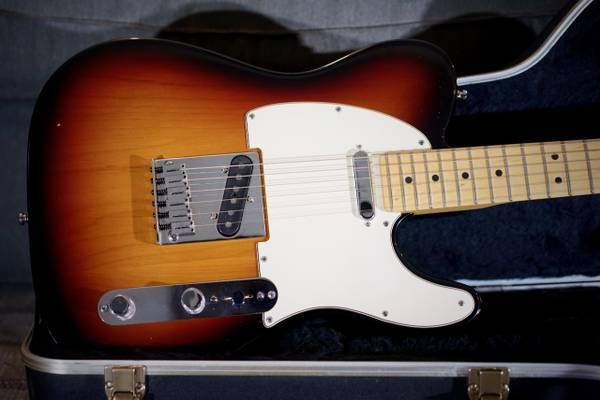 Photo Fender American Standard Telecaster Ash Sunburst - $1,100